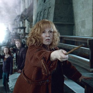 favorite-fictional-moms-mrs-weasley-full
